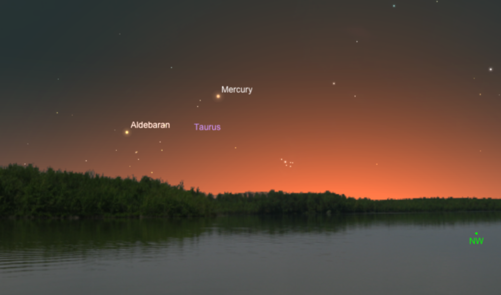 Mercury as seen from 45 degrees N latitude at 9 p.m. local time on May 7, 2015.